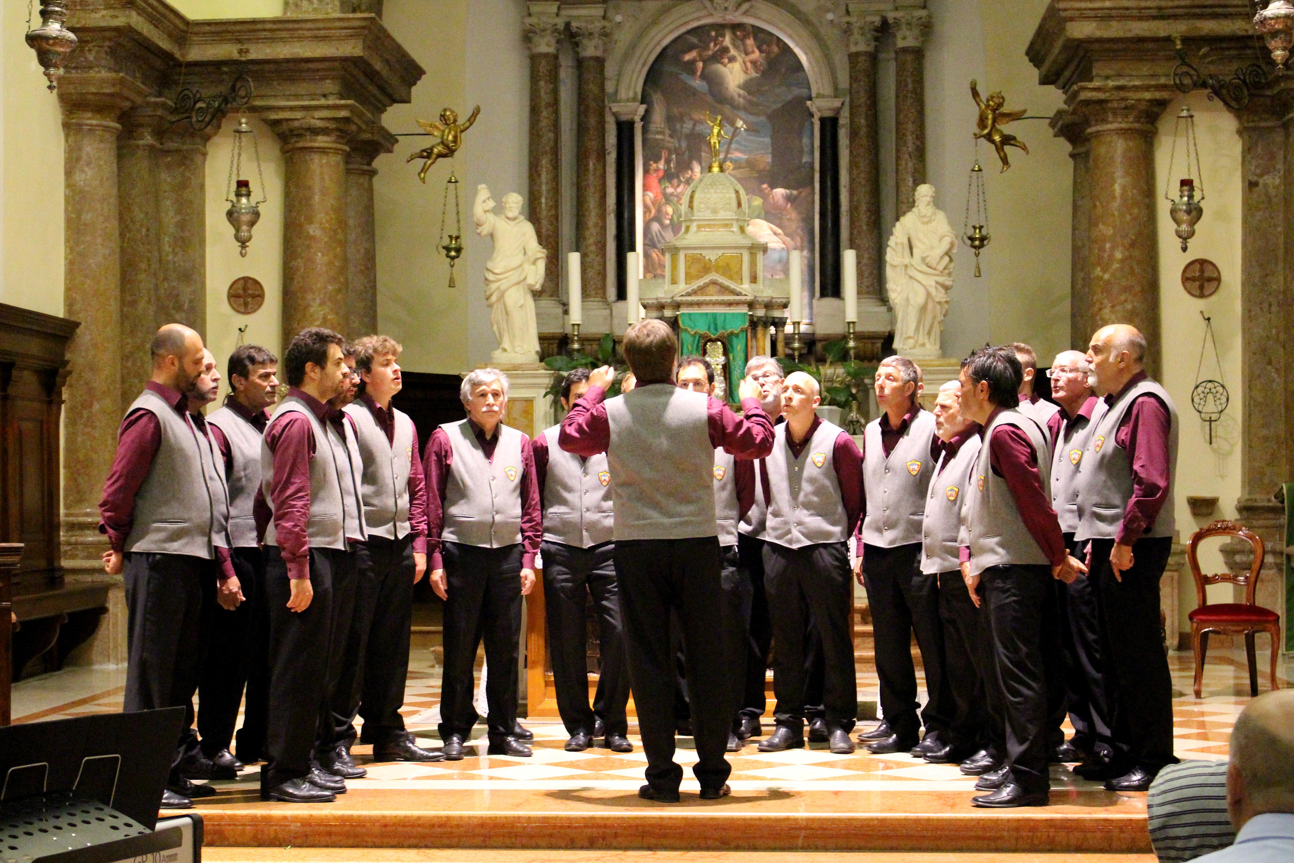 6) coro Pasubio
