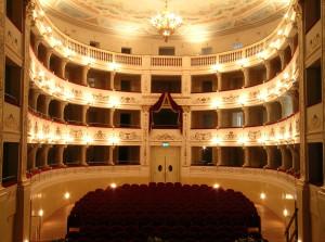 5) Teatro alfieri